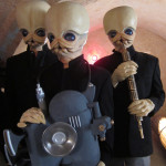 "Star Wars Alien Costumes for Nerdist ""West Coast"" Cantina Video"