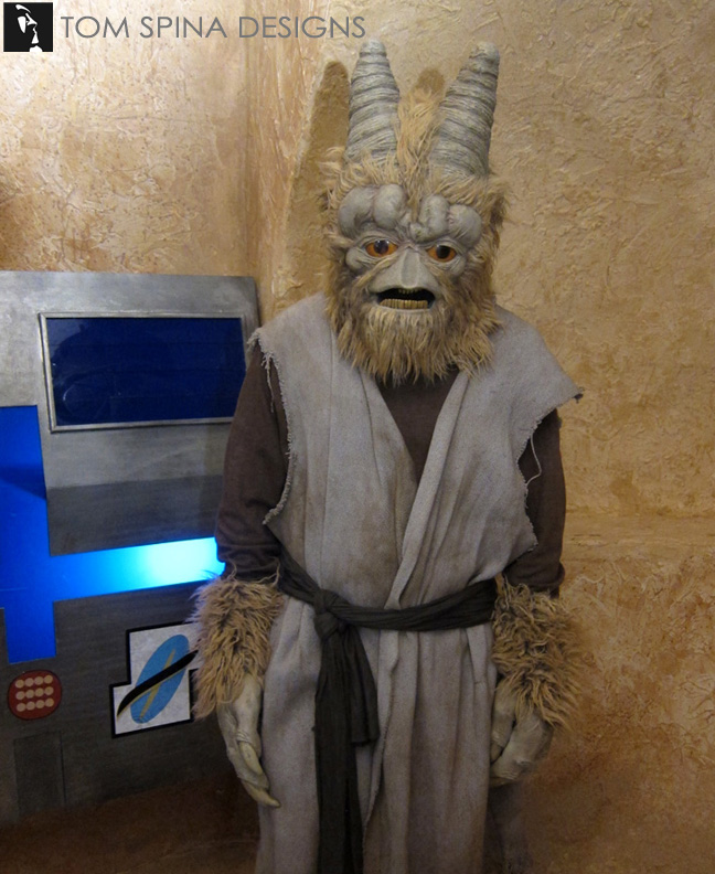 Cantina Costumes May The 4th Lucasfilm & Youtube Videos
