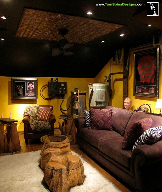 Manly Room Ideas: Horror Themed Home Theater & Movie Prop
