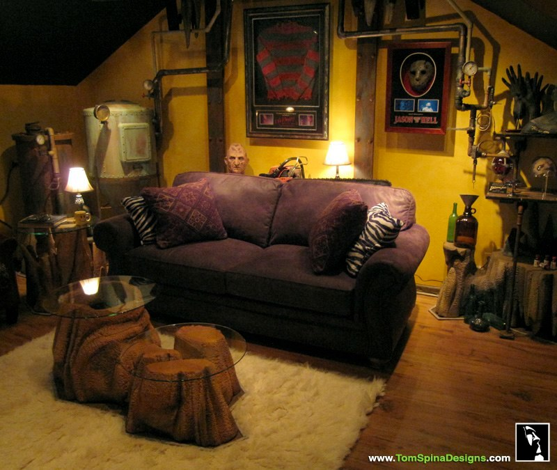 Home Theater Decor Pictures: Horror Themed Home Theater & Movie Prop