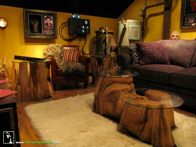 Custom man cave horror themed home theater movie prop for Room theme ideas