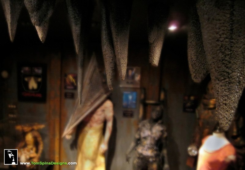 Man Cave Trade Show : Custom man cave horror themed home theater movie prop