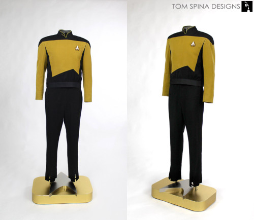 custom mannequin for screen used Star Trek data costume