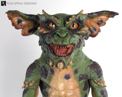 Restoring a green Gremlins 2 hand puppet movie prop